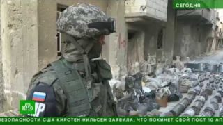 Russian military engineers and police in Syria