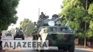 The Gambia: Yahya Jammeh faces military-force ultimatum